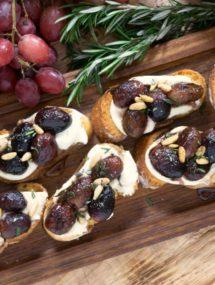 roasted grape crostini recipe