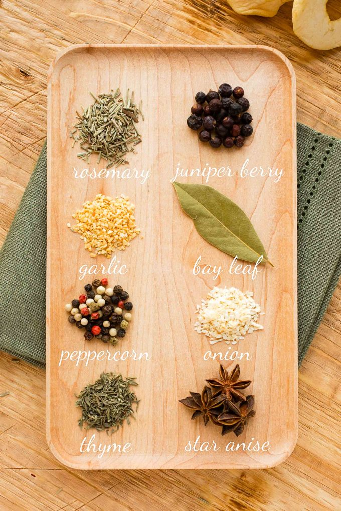 spices for apple and herb turkey brine