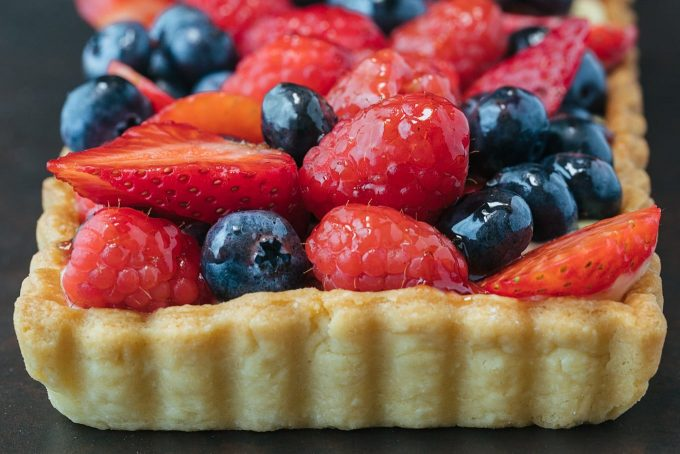 sponsored lemon cream berry tart