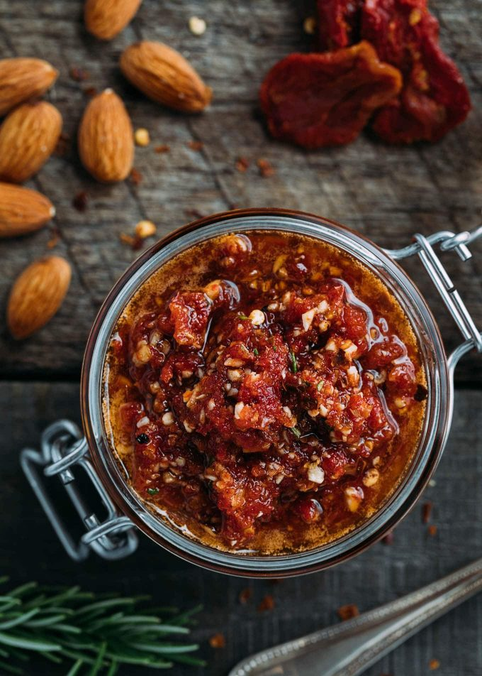 red pesto recipe with sun-dried tomatoes