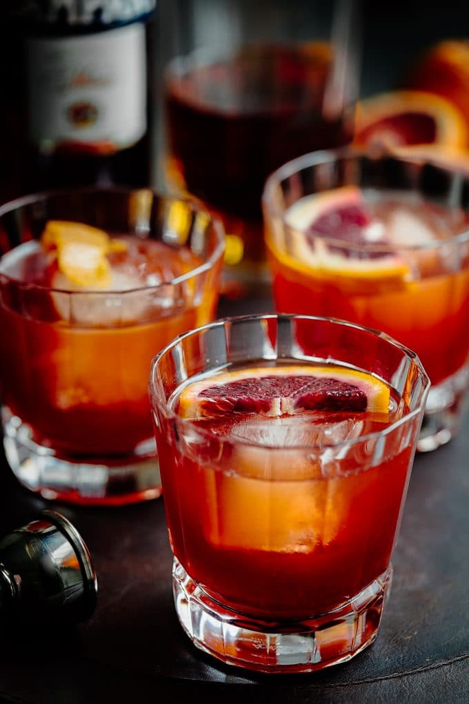 boulevardier drinks with blood oranges