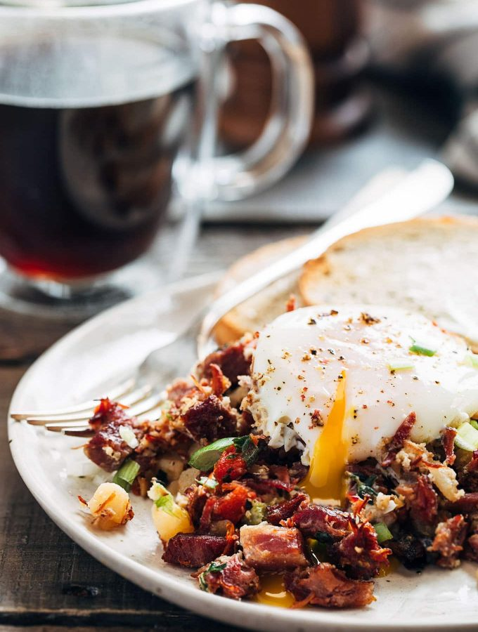 egg on top of corned beef hash recipe