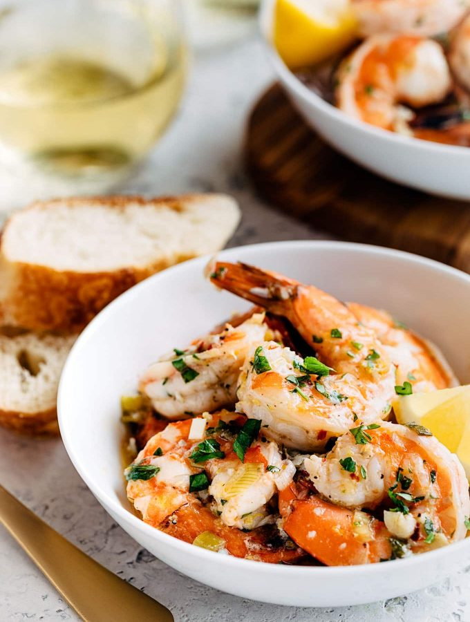 Easy Shrimp Scampi with White Wine and Lemon