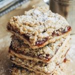 jam bars with oat crumble topping