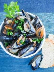 mussels in white wine from Caroline's Cooking