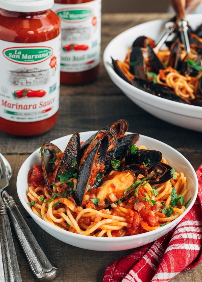 serving of spaghetti with mussels and La Regina di San Marzano pasta sauces {sponsored}