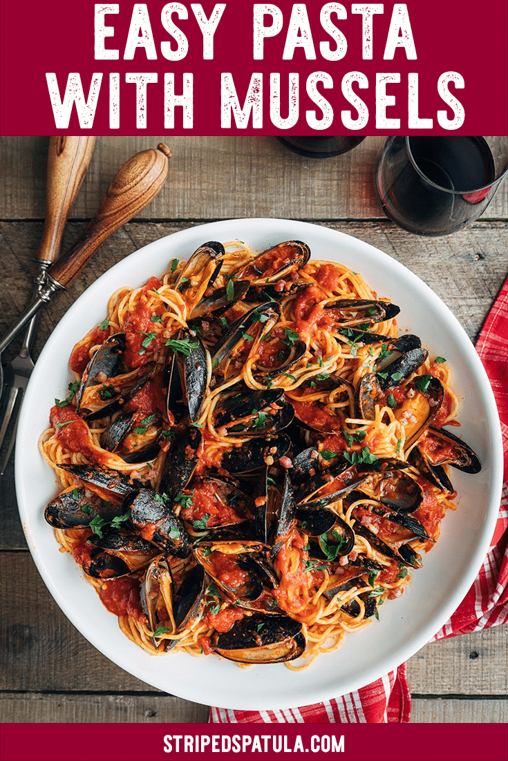 {sponsored} Looking for an easy and impressive dinner recipe? Try this gorgeous Pasta with Mussels! Made with your choice of La San Marzano's imported Marinara, Tomato Basil, or Arrabbiata sauces, this dish is as versatile as it is delicious. #pasta #pastarecipes #pastasauce #mussels #tomatosauce