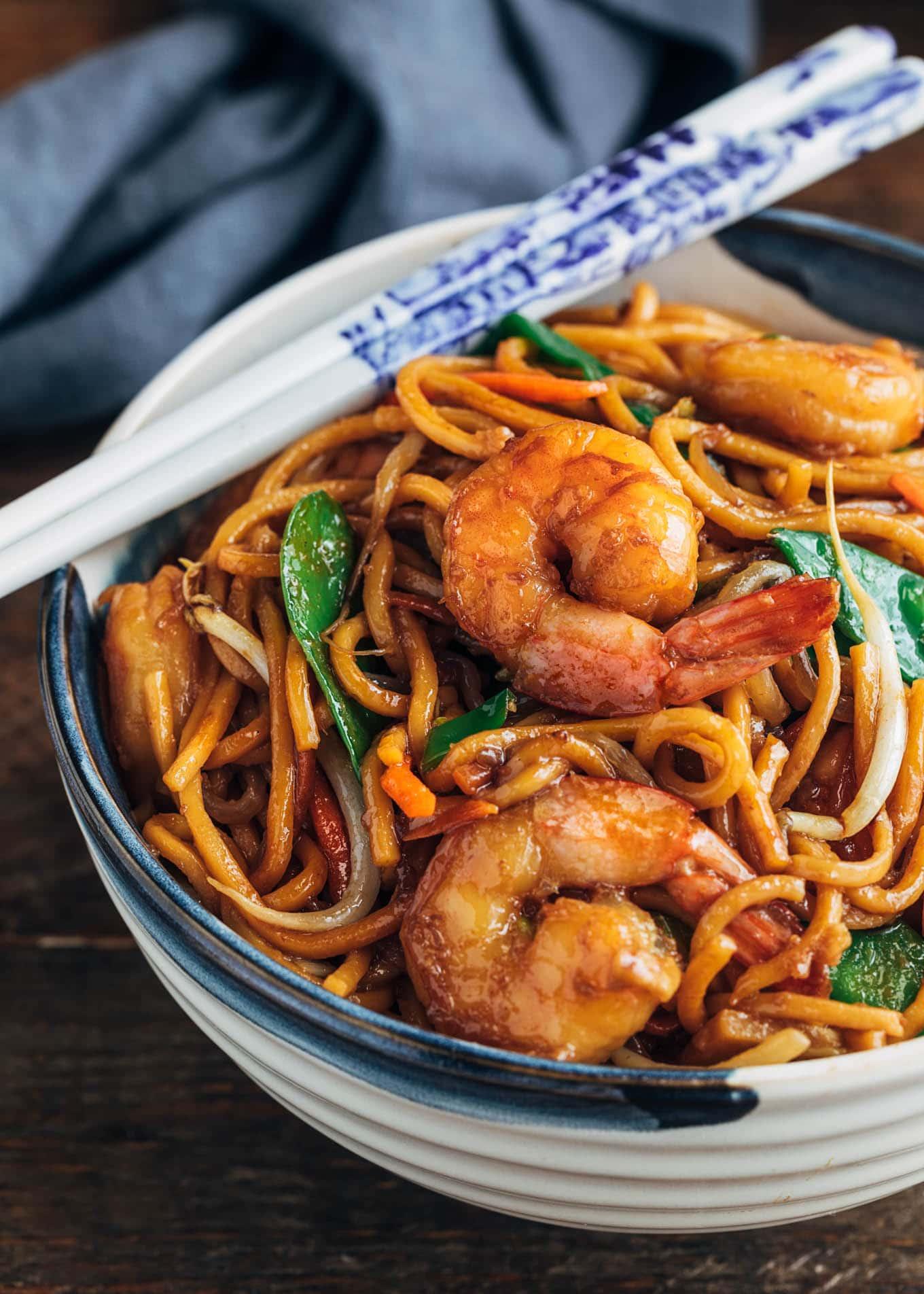Shrimp Lo Mein Restaurant Style Striped Spatula