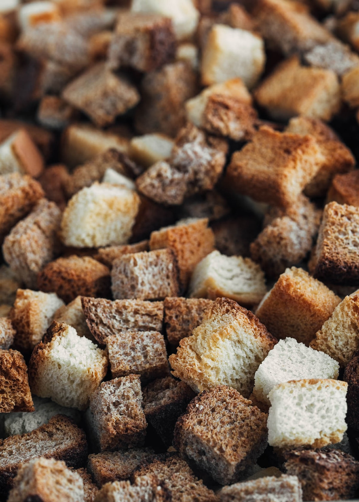 whole wheat and white bread croutons